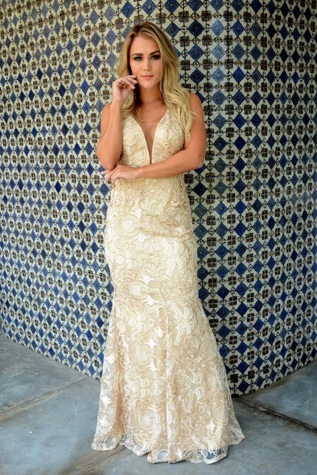 c24b7ab5a Vestido Festa Sereia Dourado Rendado Luxo – Aluguel de Vestidos de ...