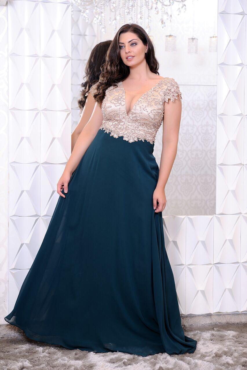 6f6b8955c6f61 Vestido de Festa Bordado Plus Size Verde com Nude - Fino Traje Moda ...