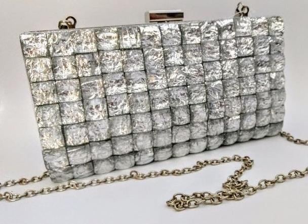 feebd6d80 Bolsa Clutch Pedraria Luxo – Aluguel de Vestidos de Festa RJ | Fino ...
