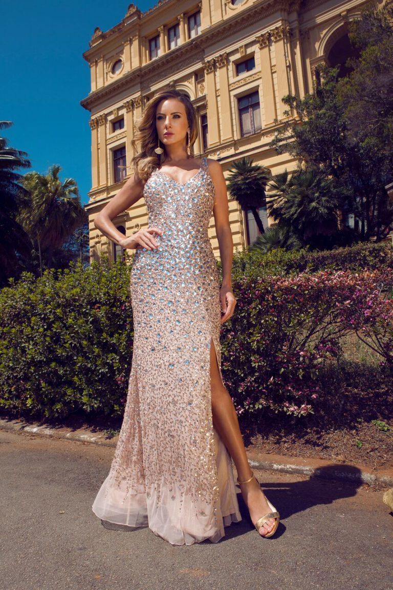 Vestido nude com bordado luxuoso - Aluguel de Vestidos de