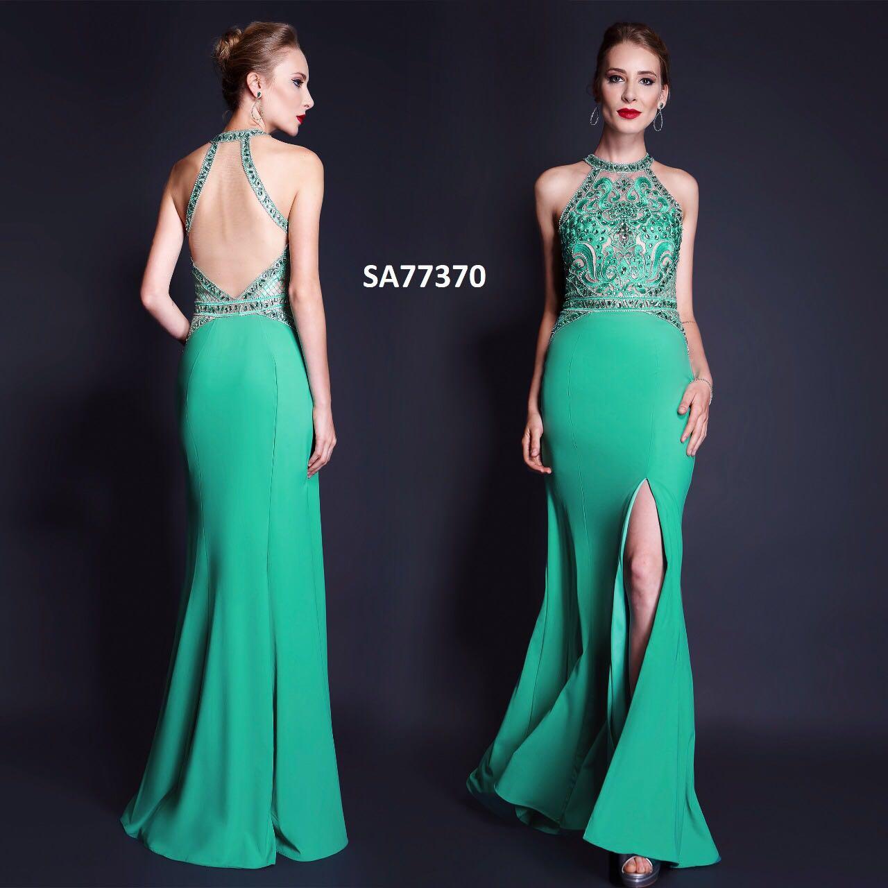 Vestido de festa na cor verde