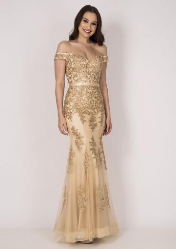 16a36e9a0 Vestido de festa dourado com bordado delicado ombro a ombro ...